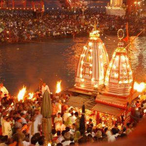 haridwar-ganga-aarti by tempo traveller