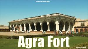 agra fort by tempo traveller