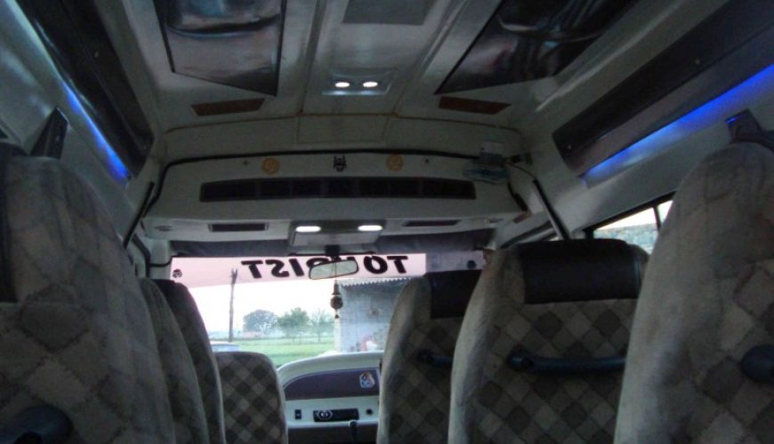 12 seater tempo traveller hire in noida