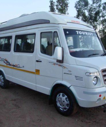 12 seater tempo traveller on rent in delhi