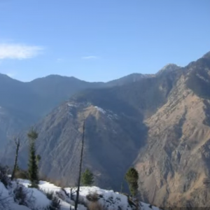 manali tour by tempo traveller1