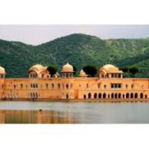Jal Mahal Tour by tempo traveller