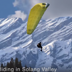 Paragliding Solang Valley tour by tempo traveller