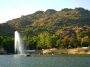 Mount Abu Lake Tour by Tempo Traveller